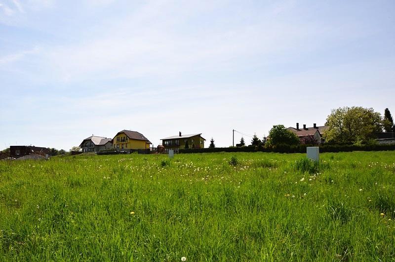 Zasíťovaný stavební pozemek 1593 m2, Horní Bludovice