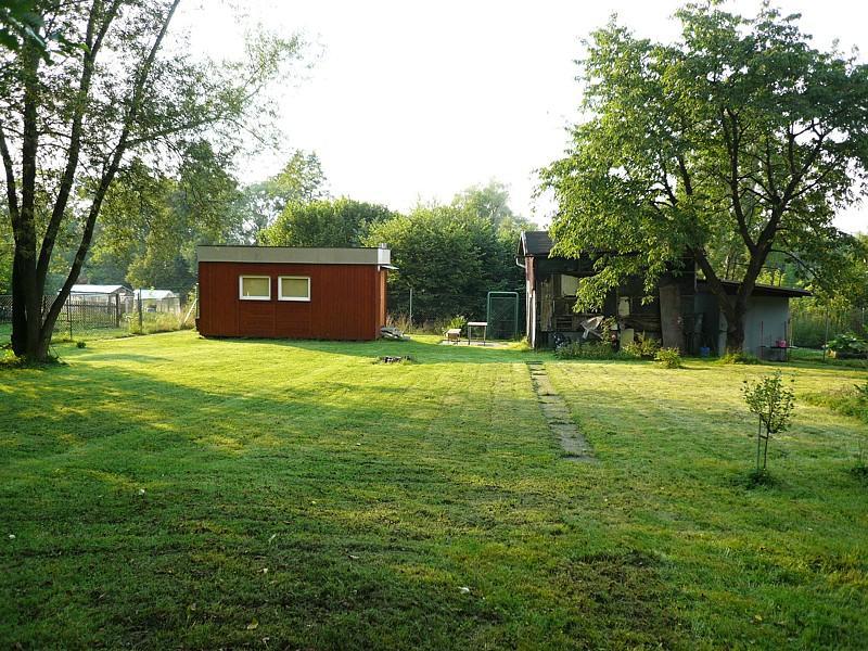 Chatka s pozemkem o výměře 1.352m2, Šenov