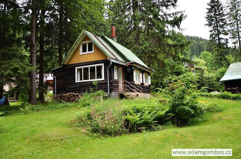 Chata 3+1 s příjemnou zahradou v krásném horském prostřední obce Ostravice