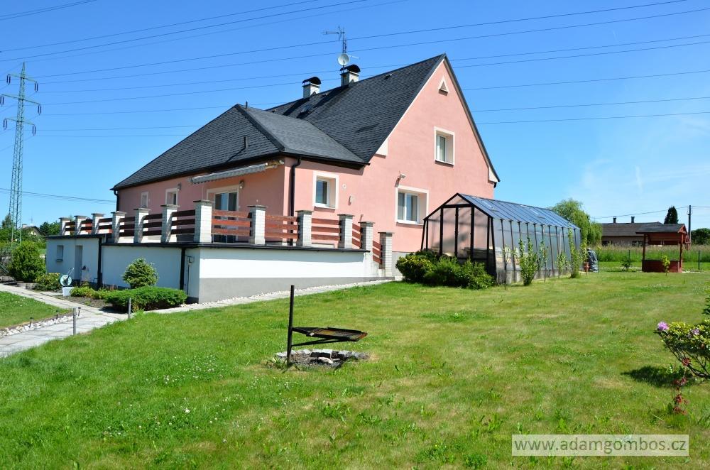 Zrekonstruovaný rodinný dům 3+kk s garáží, Albrechtice