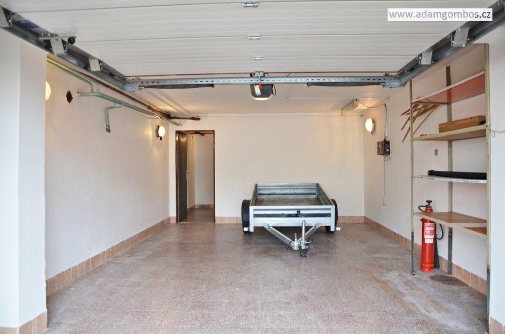 Prostorný řadový dům 6+1 s garáží, Havířov - Šumbark